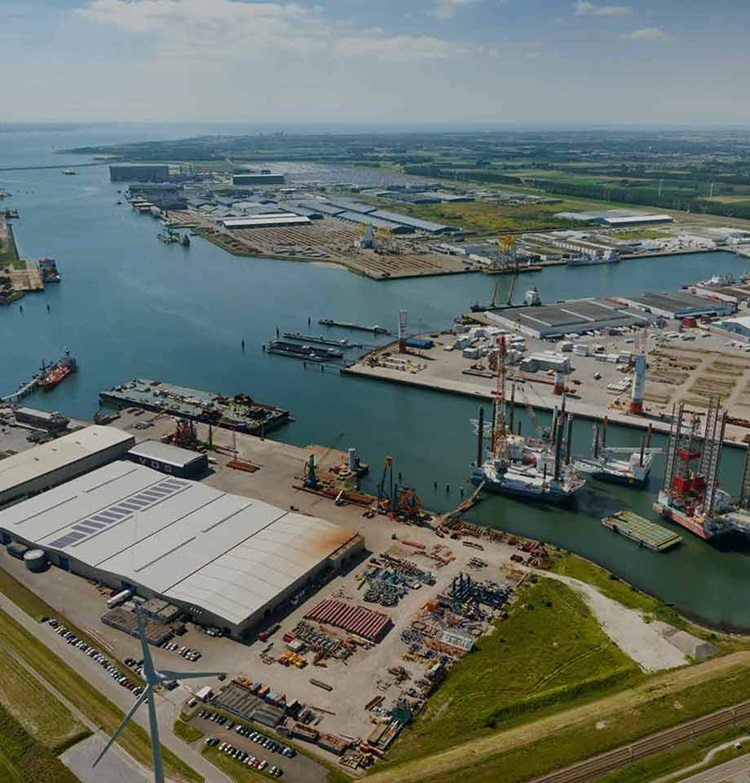 Luchtfoto North Sea Port